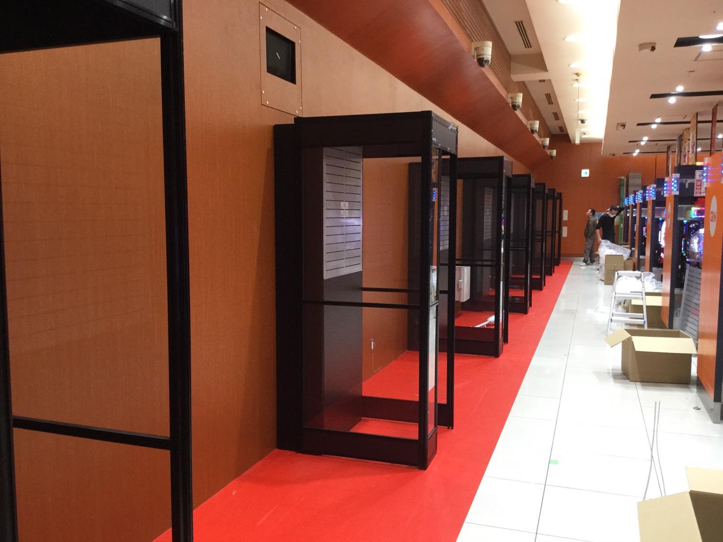 4.1からの東京都受動喫煙防止条例に先駆け、全店に「喫煙専用室」を設置